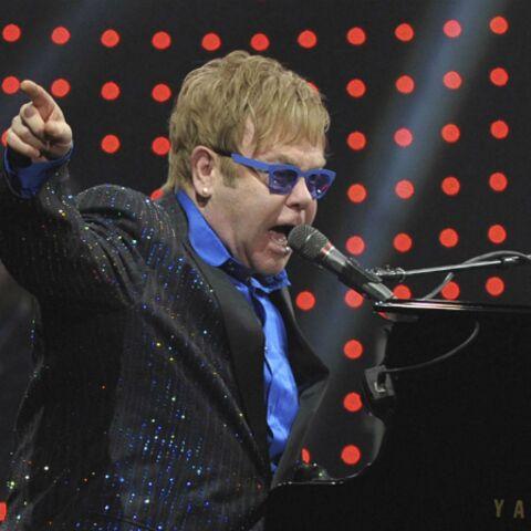 Elton John chante pour Ai Weiwei