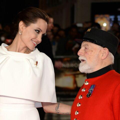 Angelina Jolie partage la vedette sur le red carpet