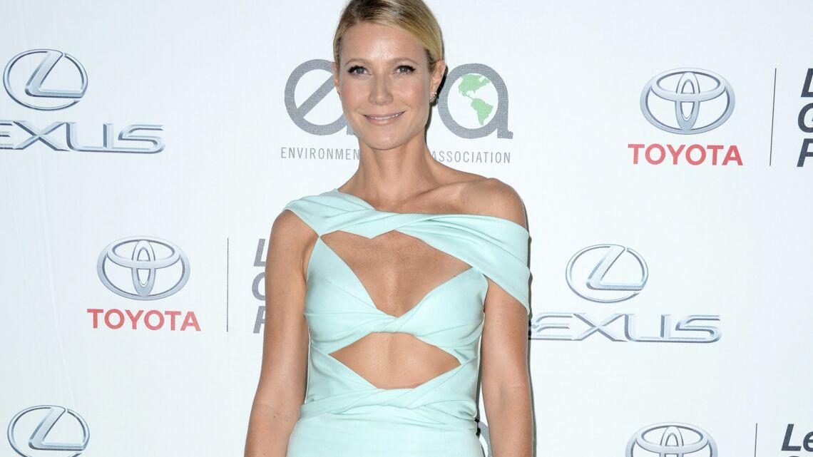 Vidéo – Gwyneth Paltrow et Jessica Biel radieuses aux EMA