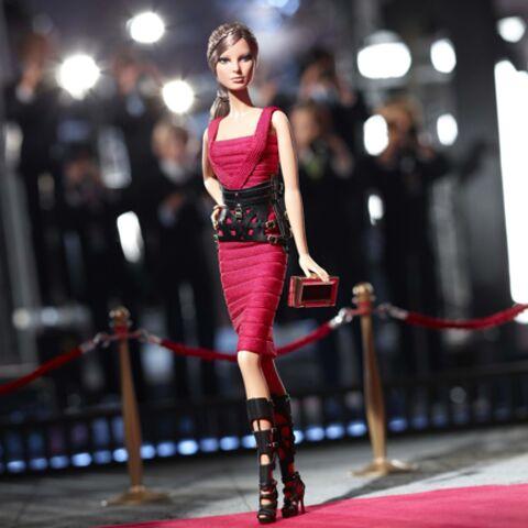 La Barbie fashionista d'Hervé Léger by Max Azria