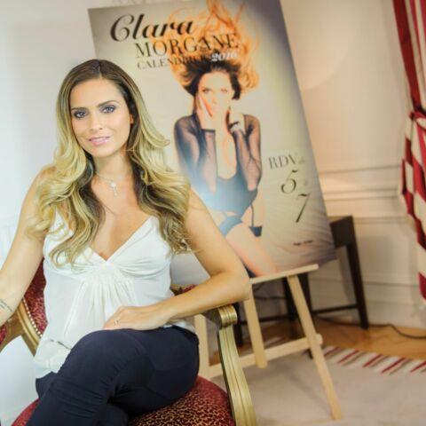 Enceinte, Clara Morgane, dévoile son nouveau calendrier sexy