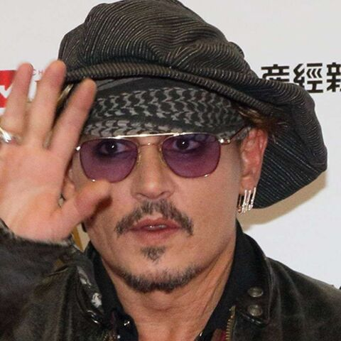 Johnny Depp a perdu 40 millions de dollars, il contre attaque et accuse ses agents