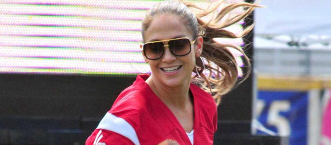 Photos – Jennifer Lopez mouille le maillot