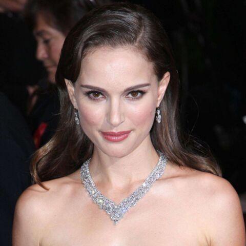 Natalie Portman fait mordre la poussière à Kristen Stewart