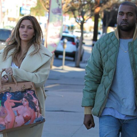 Kim Kardashian exhibe son painting-bag