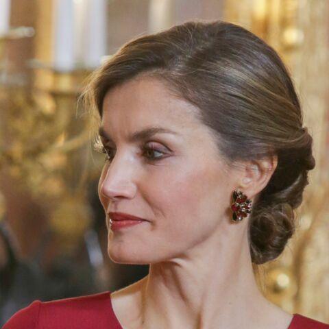 PHOTOS – Letizia d'Espagne: canon en chignon et robe longue ultraglamour
