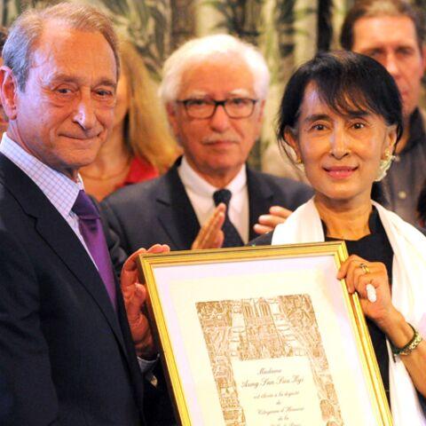 Aung San Suu Kyi célébrée comme une chef d'Etat à Paris