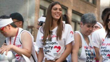 VIDEO: Iris Mittenaere, sexy en slim et tee-shirt noué sur la taille