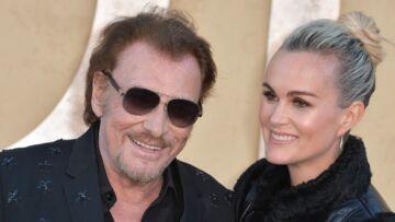 PHOTO – Johnny Hallyday tout sourire avec Laeticia et ses filles: Le chanteur semble aller mieux