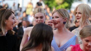 PHOTOS – Kirsten Dunst fond en larmes sur le tapis rouge de Cannes