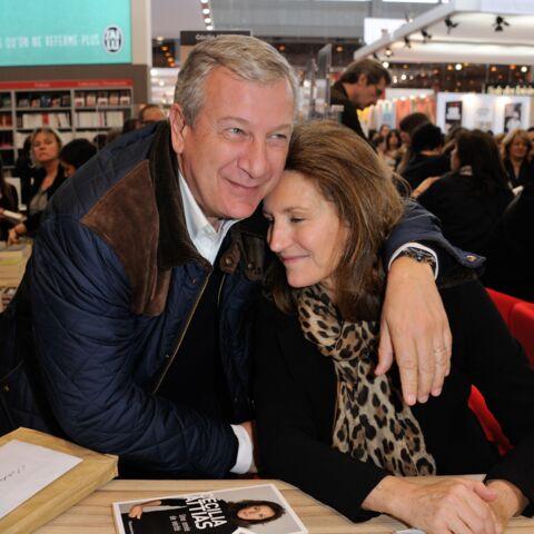 Cécilia et Richard Attias félicitent Edwy Plenel