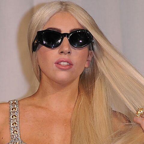 Lady Gaga tire son chapeau à Lindsay Lohan