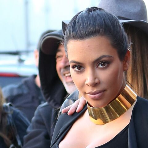 Kim Kardashian adoubée par Victoria Beckham