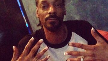 Pour ou contre les ongles laqués de Snoop Dogg?