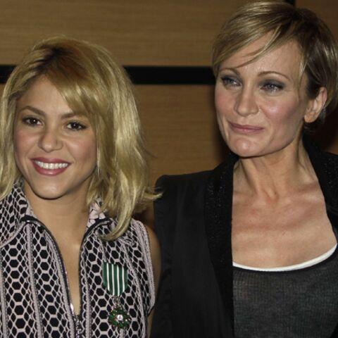 Shakira et Patricia Kaas décorées par Frédéric Mitterrand
