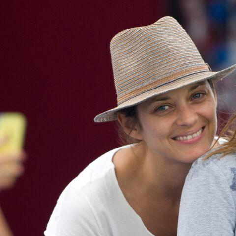 Charlotte Casiraghi et Marion Cotillard, belles des paddocks