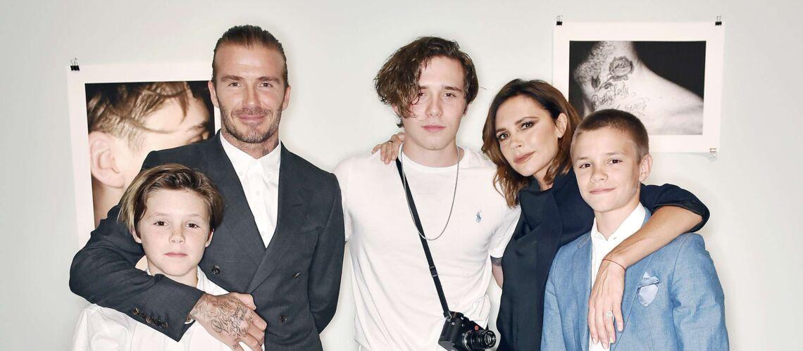 PHOTOS – Chez les Beckham, le style est dans le sang: leur fils Romeo très chic en smoking