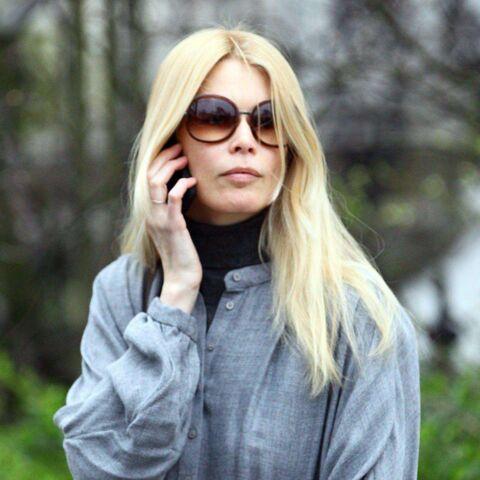 Photos- Claudia Schiffer regarde sa maison partir en fumée