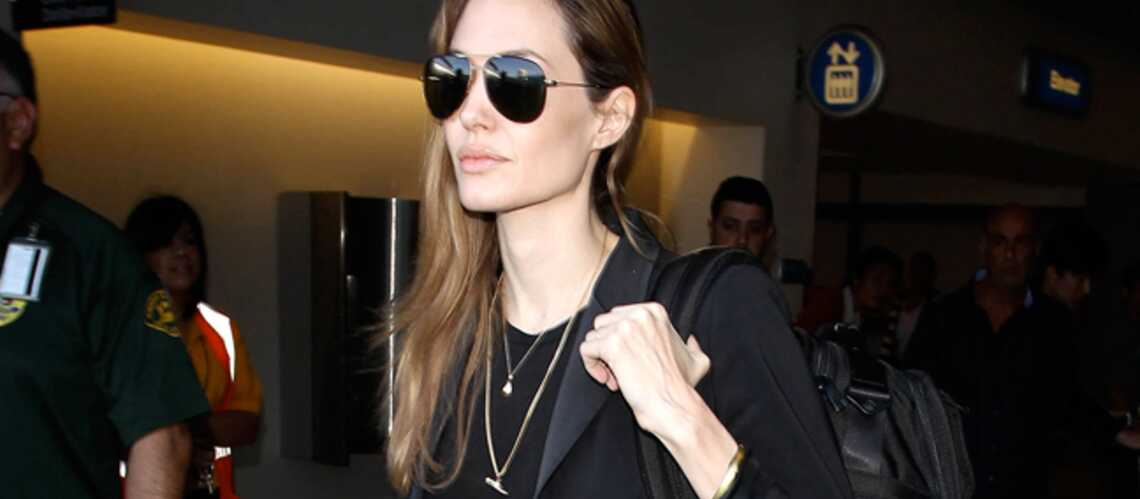 Angelina Jolie, sans alliance et sans mariage