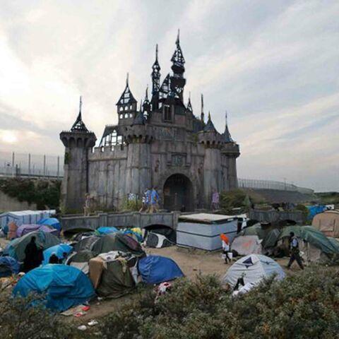 Banksy se réfugie à Calais