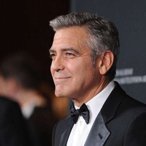 George Clooney félicite Brad Pitt et Angelina Jolie