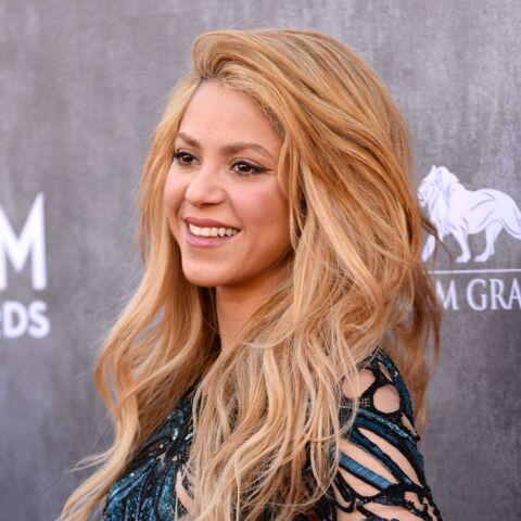 Shakira confirme qu'elle est enceinte