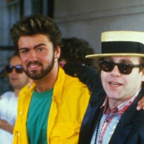 """Elton John s'effondre en plein concert: """"J'aimerais que George Michael soit ici pour chanter avec moi"""""""