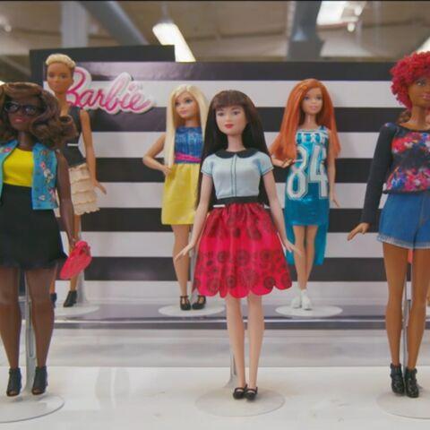 Fini les complexes, Barbie prend elle aussi des kilos