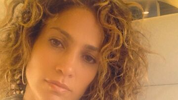 Coiffure de star – La coupe frisée de Jennifer Lopez