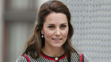 PHOTOS – Kate Middleton: avec sa robe en tweed et ses perles, elle s'inspire de Jackie Kennedy