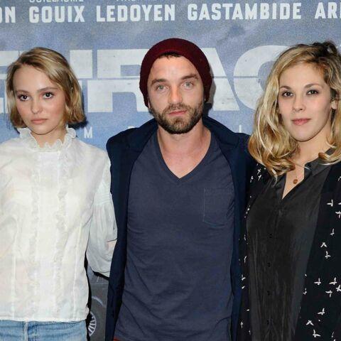 Alysson Paradis, Lily-Rose Depp et Guillaume Gouix: sortie en famille