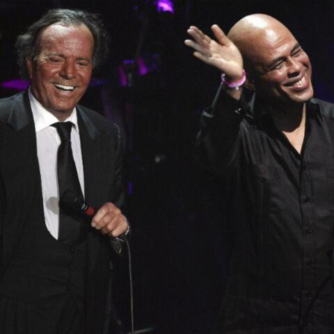 Julio Iglesias en duo avec le président Michel Martelly
