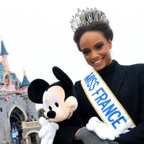 PHOTOS – Quand Miss France s'éclate en famille à Disneyland Paris