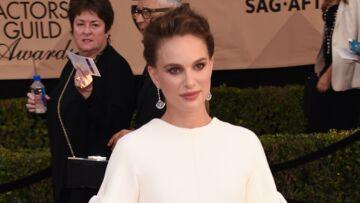 PHOTOS – Natalie Portman, enceinte et radieuse, sur le tapis rouge des SAG Awards