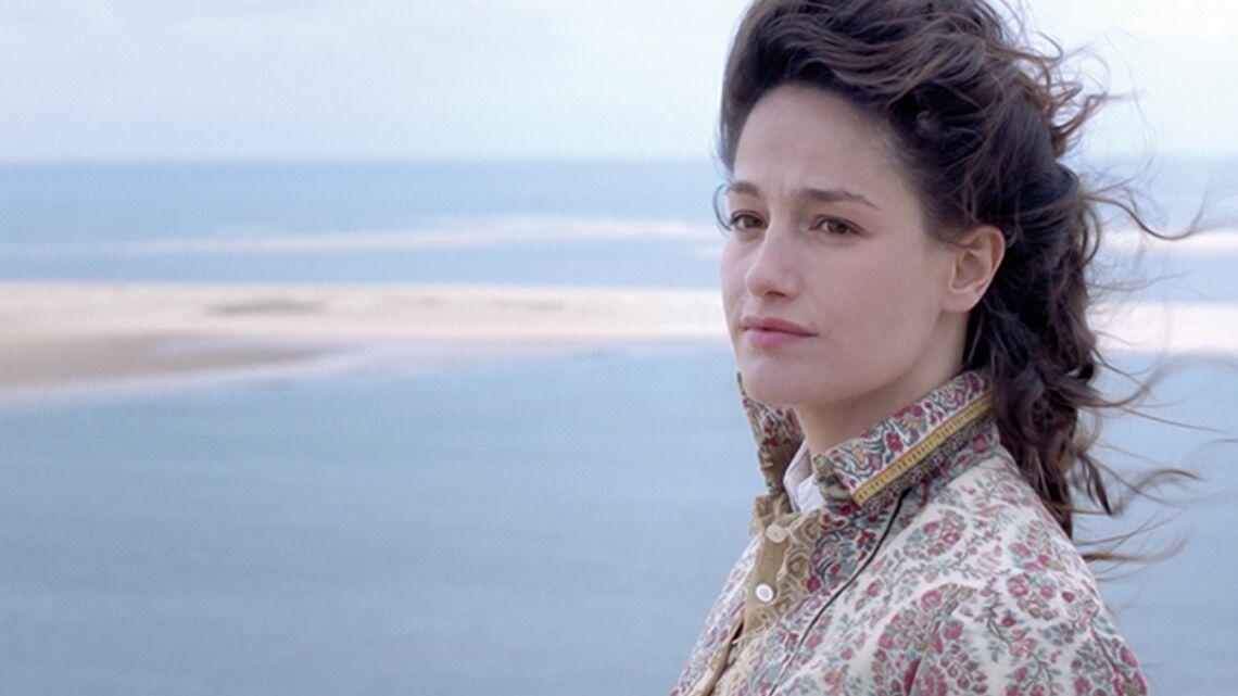 Vidéo – Le rôle puissant de Marie Gillain dans Landes