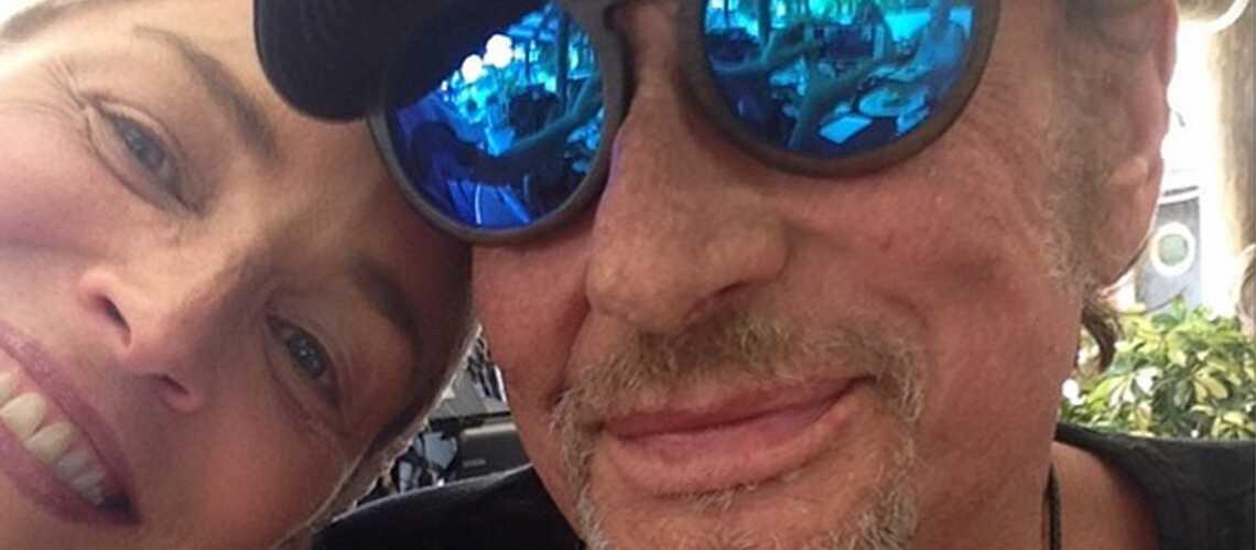 Premier selfie pour Sharon Stone… avec Johnny Hallyday