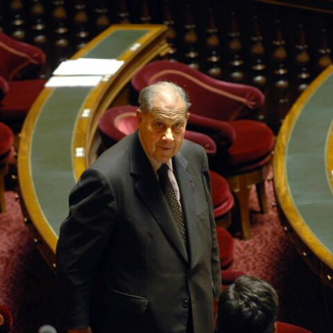 Charles Pasqua: «Un arrière-goût de Ricard» selon Bernard Debré