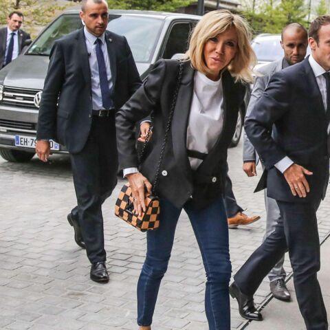 PHOTOS – Brigitte Macron: superbe en jean ultraslim et blazer pour l'inauguration de la Station F