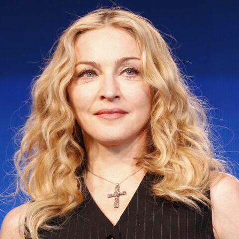 Madonna chante du Lady Gaga sur scène