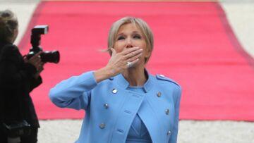 Brigitte Macron: sa jolie bague serpent à shopper pour 100 euros