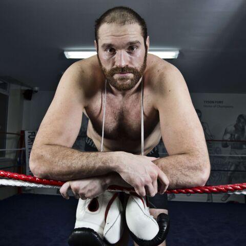 Tyson Fury, super-héros, chanteur et champion du monde de boxe