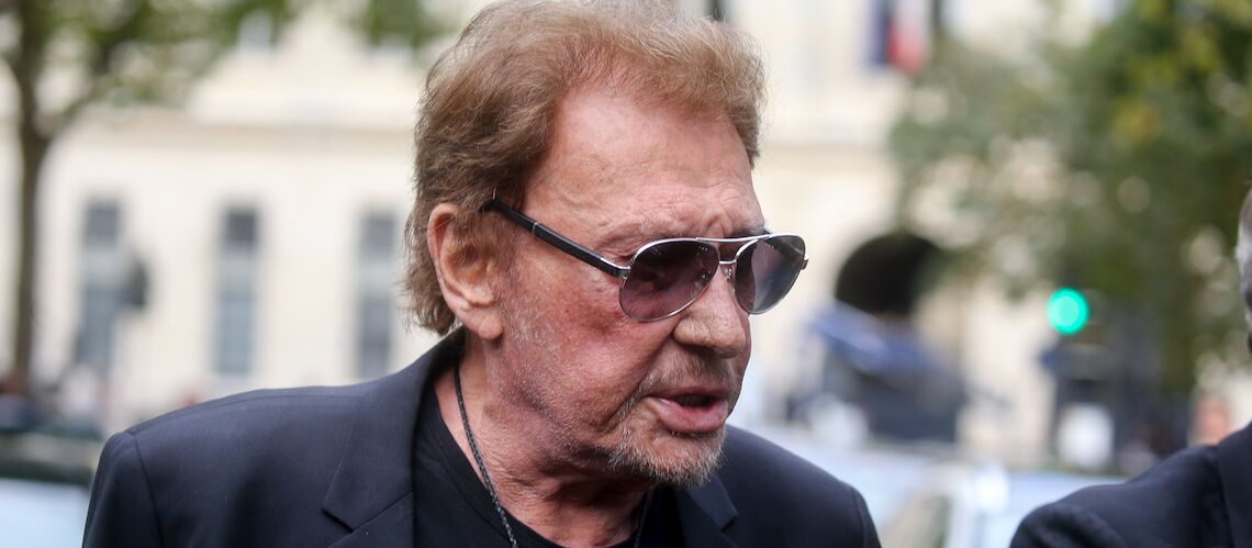 PHOTO – Johnny Hallyday poste une photo craquante de Joy bébé