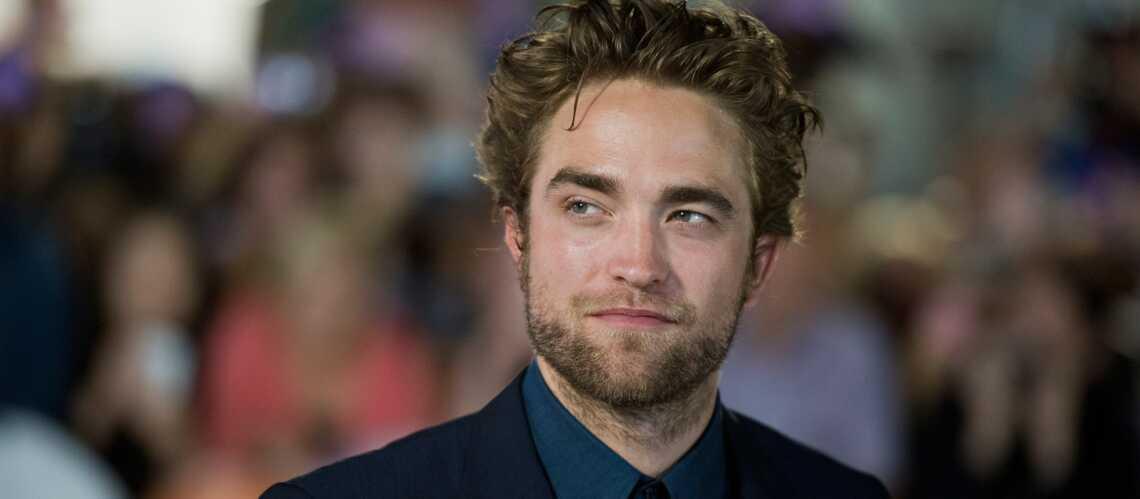 Robert Pattinson, toujours présent pour sa sœur!