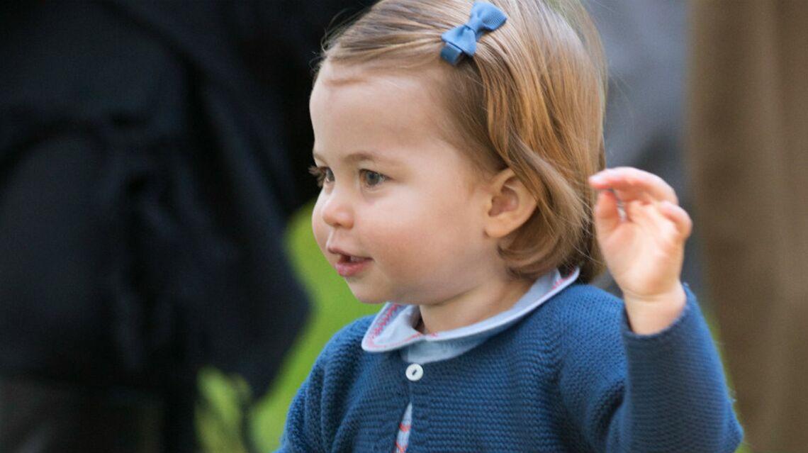 VIDEO – Les premiers pas en public de la Princesse Charlotte