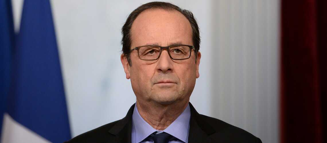fran ois hollande au bureau pour le r veillon gala. Black Bedroom Furniture Sets. Home Design Ideas