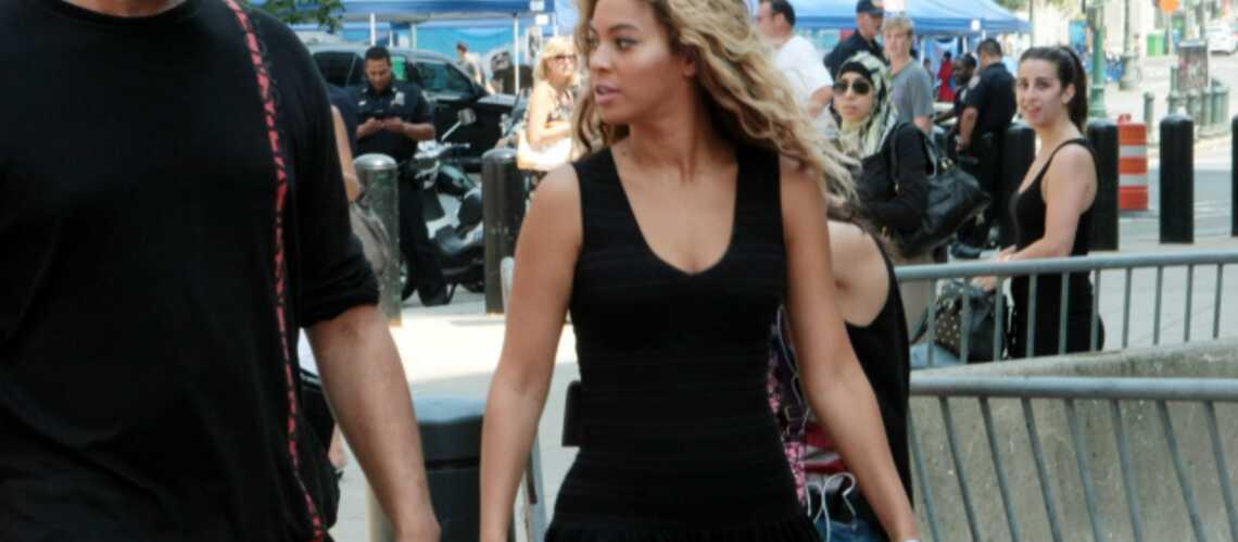 Photos- Beyoncé, Chloé Sévigny et Eva Mendes optent pour la petite robe d'été