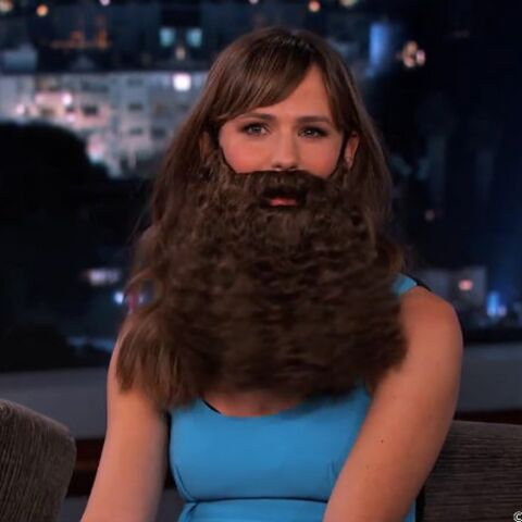 Jennifer Garner: la barbe!