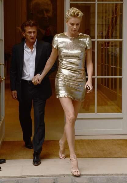 Charlize Theron et Sean Penn, des amoureux chez Dior