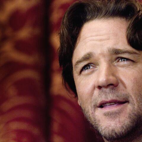 Russell Crowe, dans un remake de Pour Elle