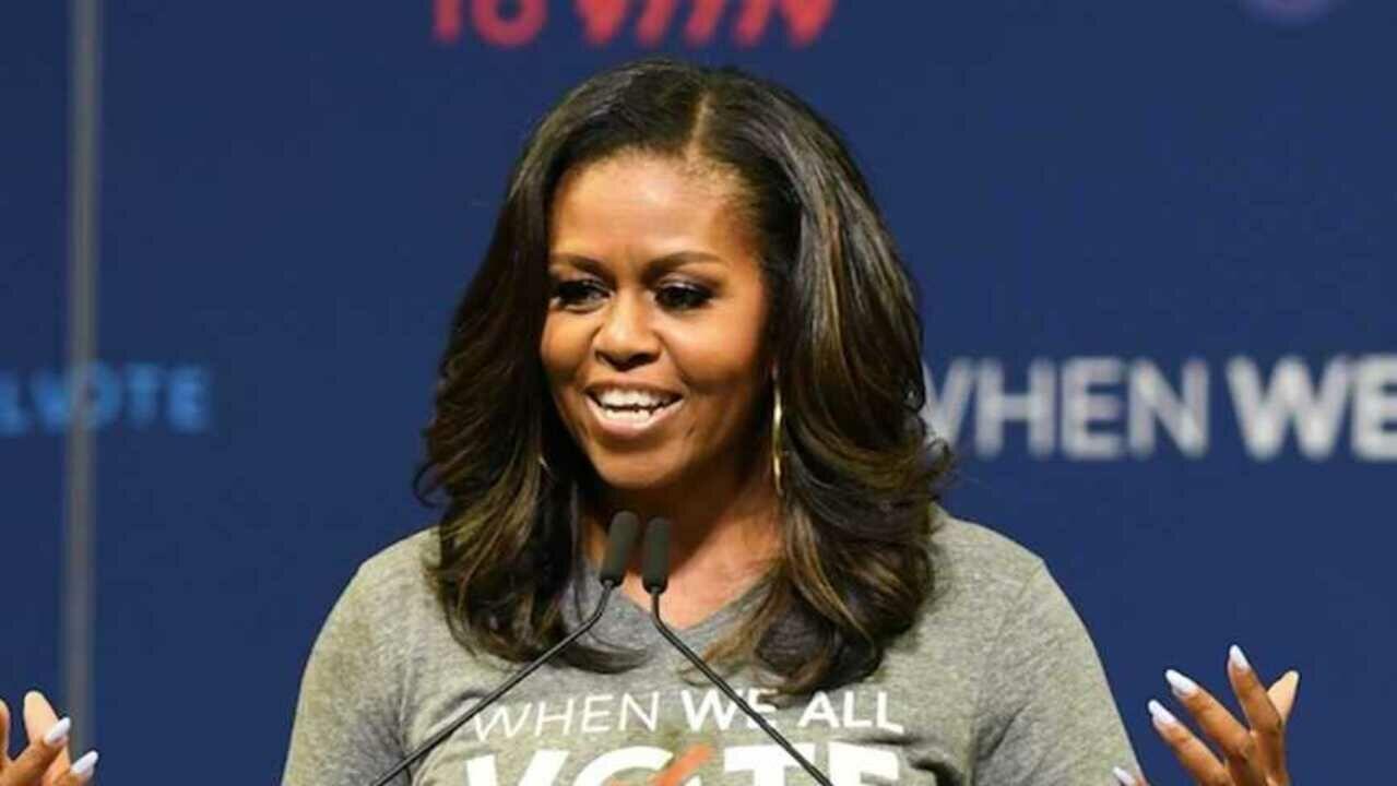De 8000 Veste À Michelle Après Trump Obama Euros Face Melania La q6x4RwR71